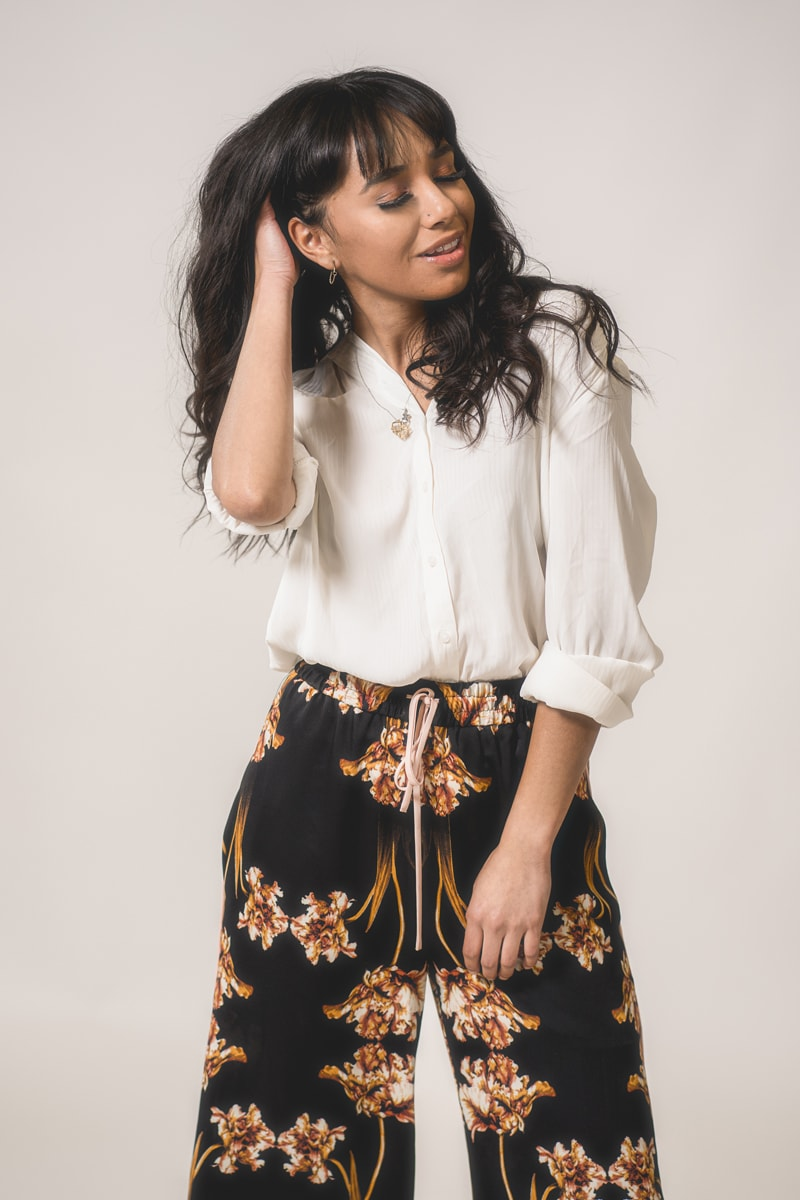 Denver Senior Photography, girl in cream top and floral pants