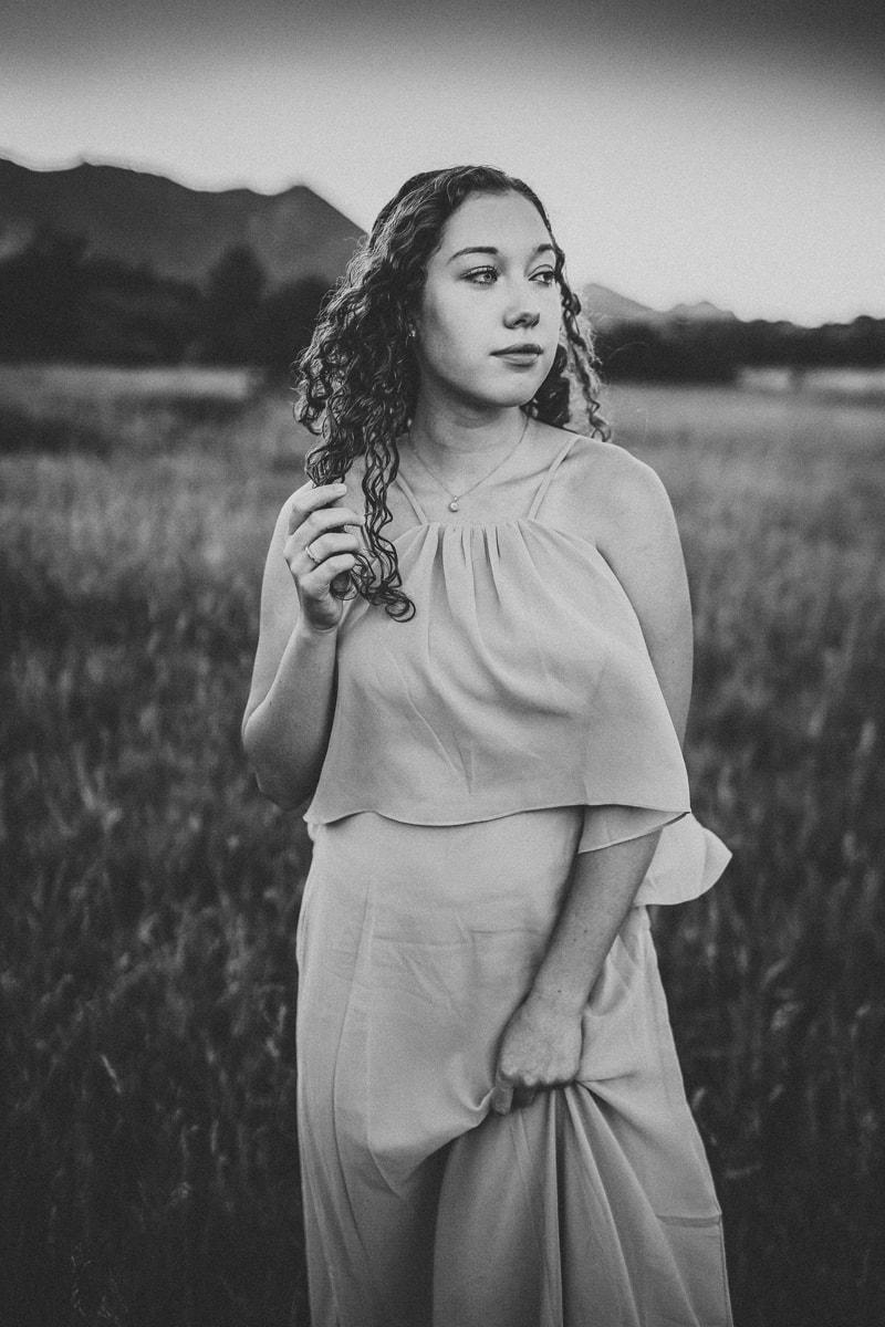 Denver Senior Photography, black and white of girl in field