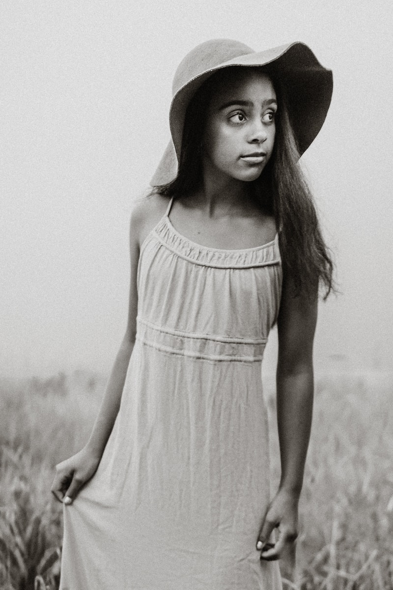 Denver Children's Photography, black and white of girl in wide brimmed hat